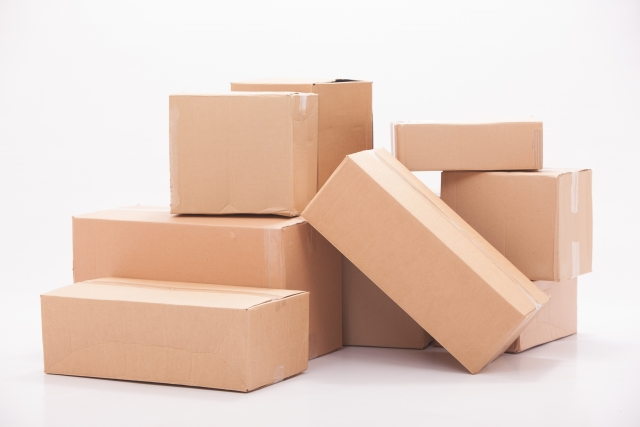 特に段ボールや紙袋など、巣になりそうなものは捨てるか密閉できる容器に閉まっておくようにしましょう。